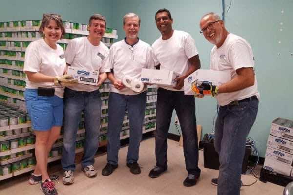 Volunteers - Food Pantry (1)